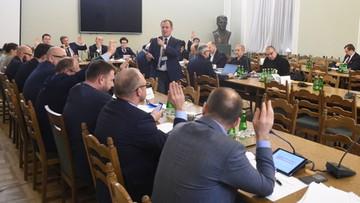 Wygaszenie składu PKW. Dyskusja o dwukadencyjności w samorządach. Protesty opozycji