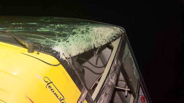 Wpłynęło poręczenie majątkowe za kierowcę ciężarówki, która zderzyła się autobusem szkolnym