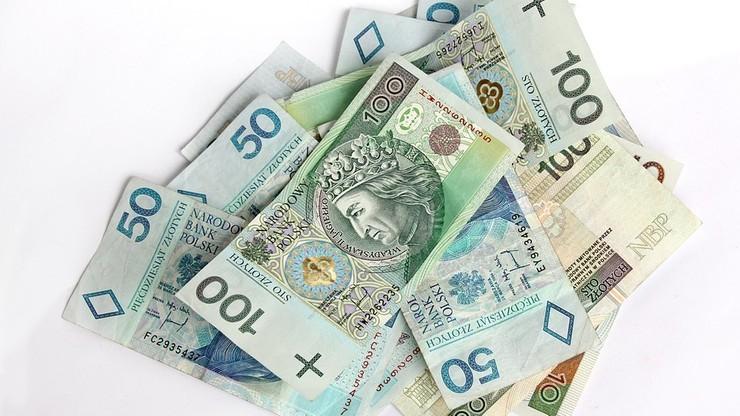 """""""Rz"""": skarbówka ujawni dane dłużników, którzy zalegają z zapłatą co najmniej 5 tys. zł podatku"""
