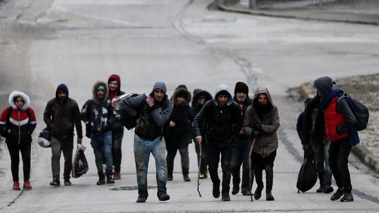 4000 migrantów na granicy turecko-greckiej. Policja użyła gazu łzawiącego