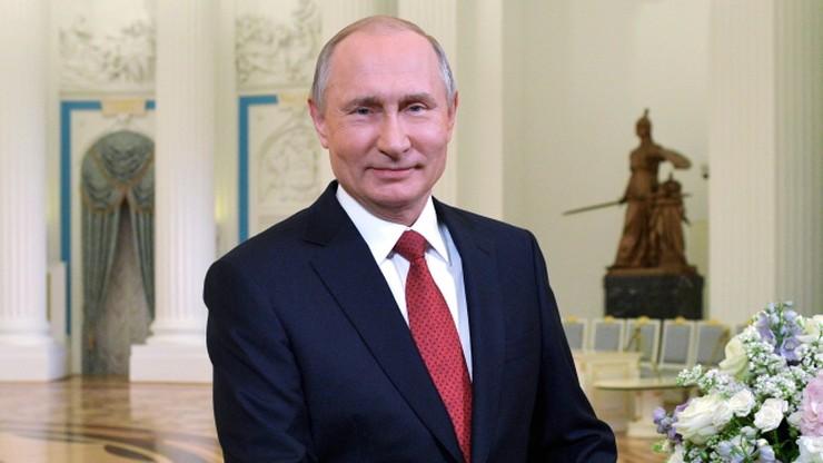 Rosja wprowadza kary za rozpowszechnianie fake newsów i obrazę władz