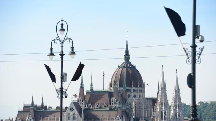 Na Węgrzech rozpoczął się proces w drugiej instancji ws. śmierci 71 migrantów