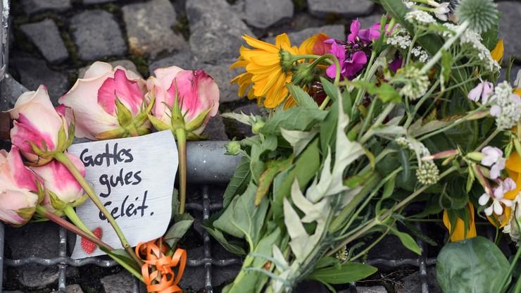 """#PrayForFrance i """"Minutą ciszy nie obronimy się"""". Internet reaguje na akt terroru w Nicei"""