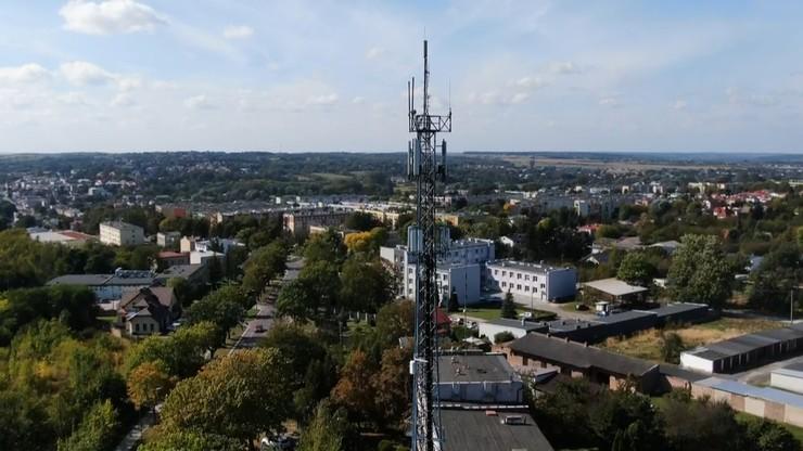 Kraśnik: radni zmienili zdanie. Są przeciwko zakazowi 5G i Wi-Fi w szkołach