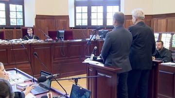 Akt oskarżenia przeciwko mężczyźnie, który nagrywał telefonem zatrzymanie Igora Stachowiaka