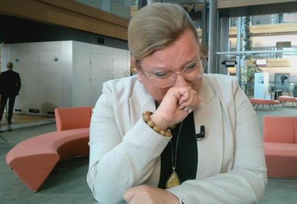 Beata Kempa rozpłakała się na antenie Polsat News. R. Sikorski odpowiada