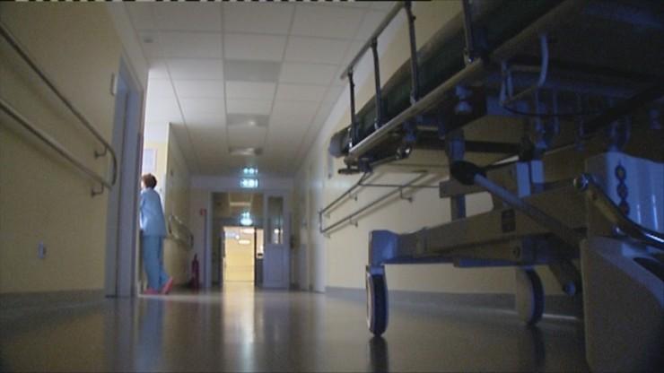 Wypadek przy biokominku. Lekarze walczą o życie poparzonego noworodka
