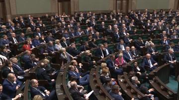 CBOS: 41 proc. Polaków uważa, że opozycja w wyborach do Sejmu i PE powinna startować razem