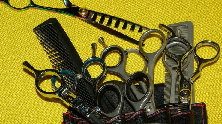 Jeden fryzjer na klienta i zachowanie odległości. Instrukcja dla branży beauty