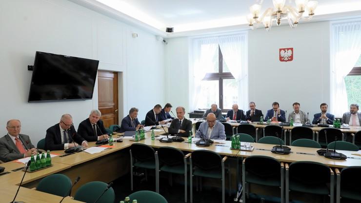 """""""Obrońców tej ustawy nie ma"""". Komisja rekomenduje bez poprawek nowelizację ustaw o sądownictwie"""
