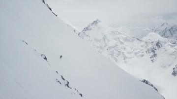 Niesamowity zjazd Bargiela z sześciotysięcznika w Himalajach (WIDEO)