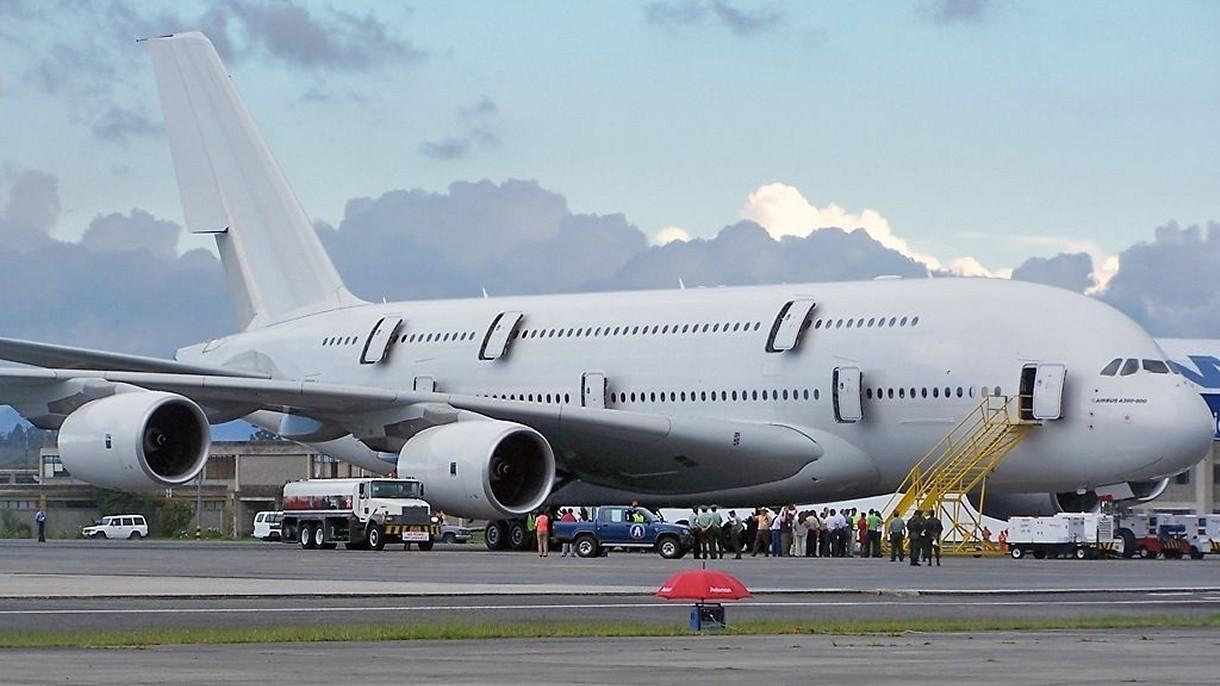 Kolejne Airbusy A380, największe samoloty pasażerskie świata, trafiają na złomowisko [FILM]