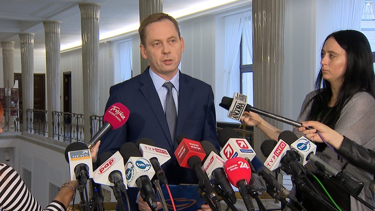 Konwiński chce, by komisja ds. VAT przesłuchała Rostowskiego 12 października