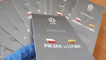 Policja zatrzymała kuriera, który miał ukraść 40 biletów VIP na mecz Polska - Litwa