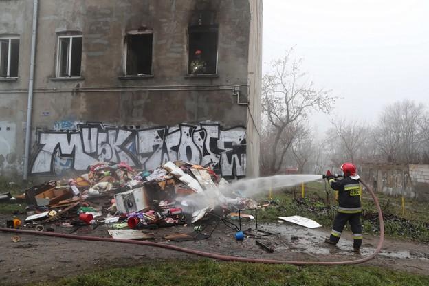 Zginęła jedna osoba, a 12 ewakuowano