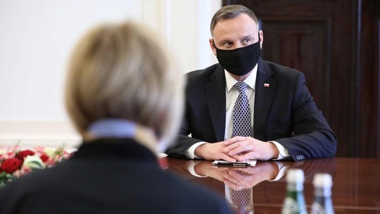 Tuszowano incydent związany z lotem prezydenta Andrzeja Dudy? Jest reakcja rzecznika
