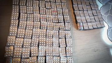 Handlowali podrobionymi lekami. Warte były ok. 25 mln zł