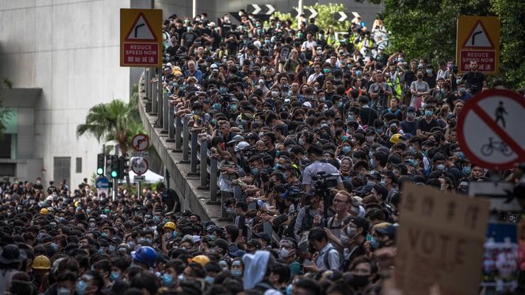 Dziennikarka trafiona kulą podczas protestów w Hongkongu. Nie będzie widzieć na jedno oko