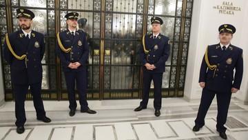 PiS chce przyspieszyć głosowanie nad budżetem. Poprawki w blokach