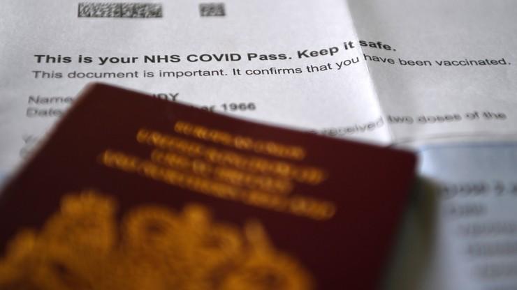 Wielka Brytania zmienia zasady kwarantanny dla obywateli UE i USA. Zyskują zaszczepieni