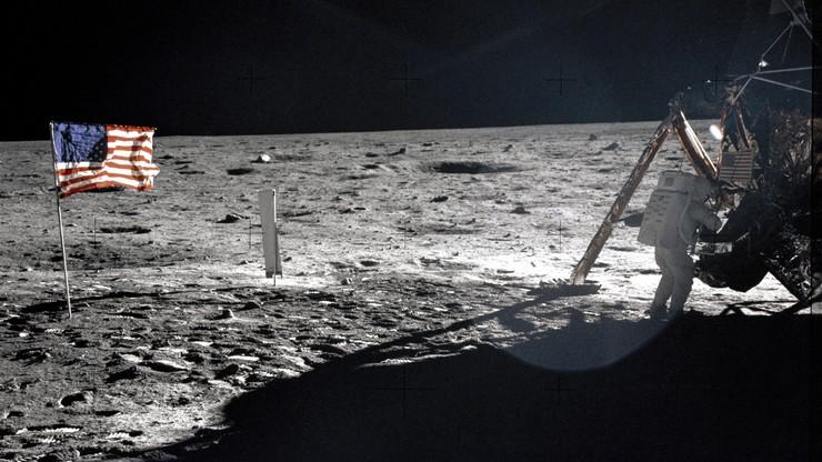 11 proc. Polaków uważa, że Amerykanie nie wylądowali na Księżycu, 4 proc., że Ziemia jest płaska