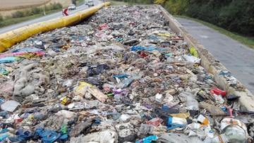 Nielegalny transport odpadów. A miał być kompost