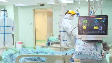 Więcej zakażeń i zgonów. Raport Ministerstwa Zdrowia