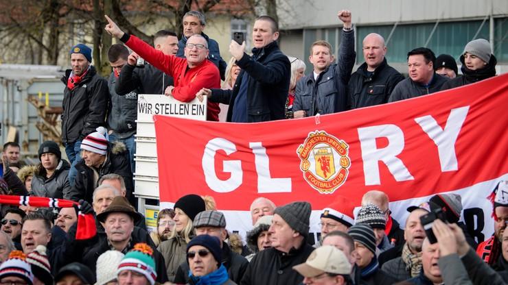 Kibic Manchesteru United zasnął na meczu. Fani okazali się bezlitośni