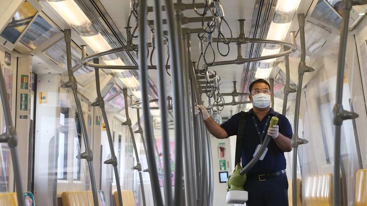 Jak podróżować w czasie epidemii koronawirusa. Główny Inspektorat Sanitarny wydał zalecenia