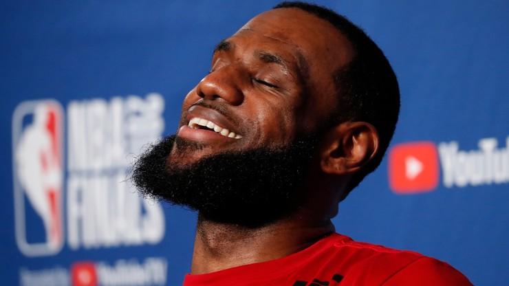 """LeBron James w """"Mieście Aniołów"""". """"Król James"""" zmienił klub"""