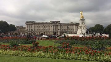 Elżbieta II zakazała używania plastikowych butelek i słomek w Pałacu Buckingham