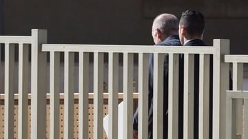 """Skorumpowany szeryf. Były premier Izraela zaczyna """"odsiadkę"""""""