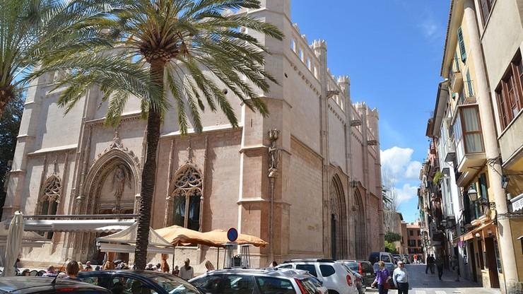 Betonowe bariery w centrum stolicy Majorki. Władze obawiają się zamachu