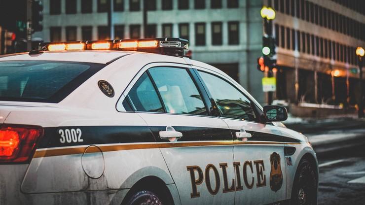 USA. Ostrzelał załogę karetki i strażaków gaszących pożar. Jedna osoba nie żyje