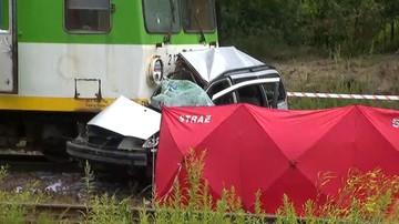 """Dwie osoby zginęły w zderzeniu pociągu z samochodem. """"Kierowca zignorował czerwone światło"""""""
