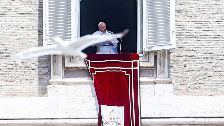 Papież Franciszek po zabiegu chirurgicznym w klinice Gemelli