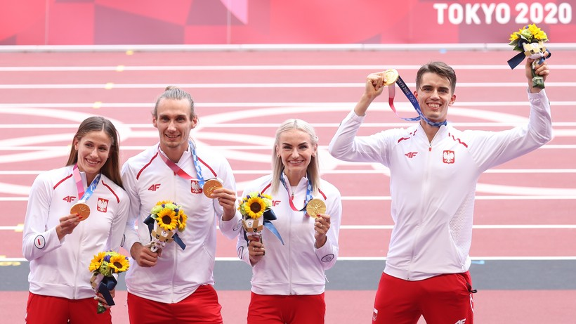 Tokio 2020: Polska sztafeta mieszana odebrała złote medale