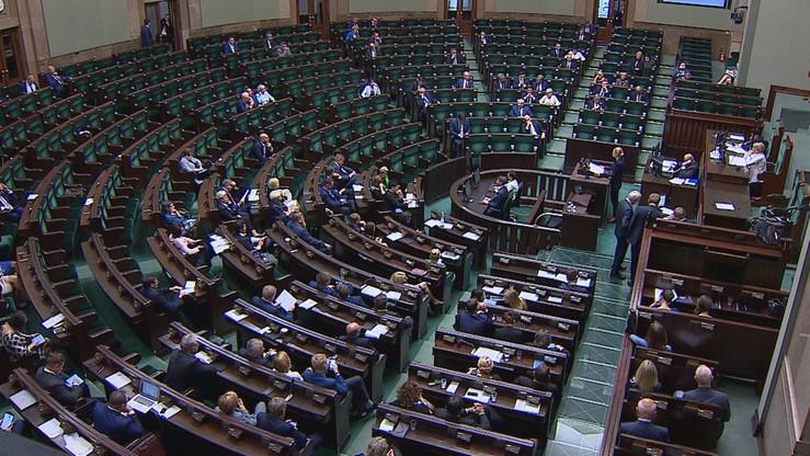CBOS: 53 proc. badanych negatywnie ocenia pracę Sejmu