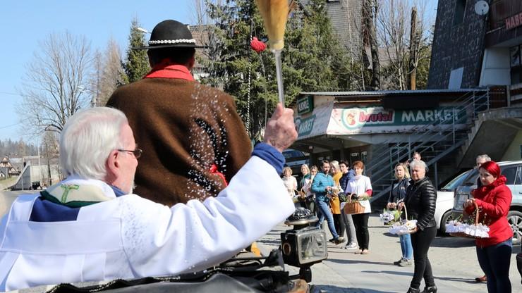 Kapłani poświęcili pokarmy w Zakopanem