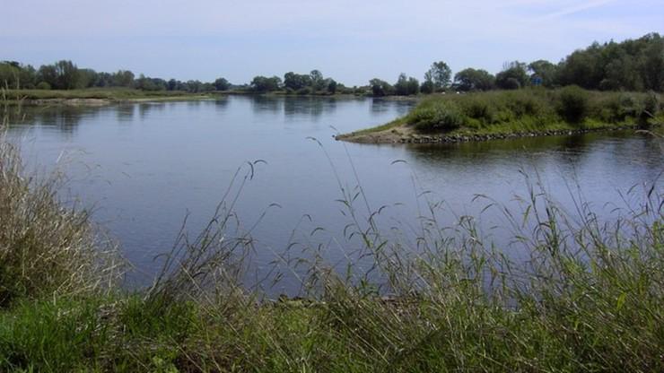 Chciał przepłynąć na niemiecką stronę rzeki. 18-latek utonął w Nysie Łużyckiej