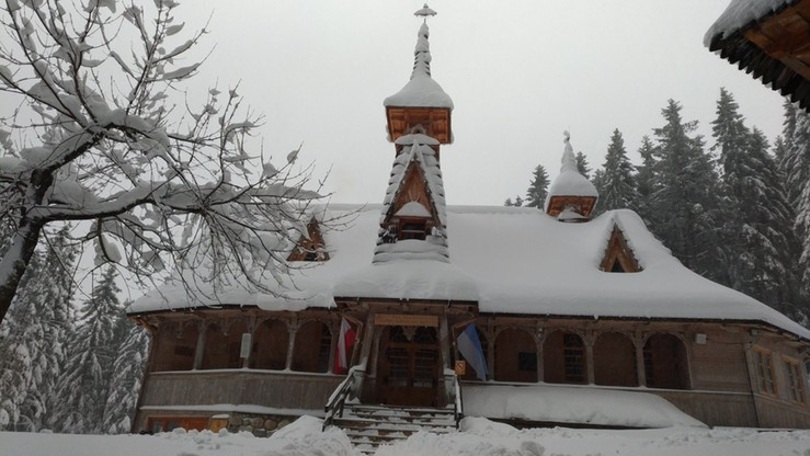 Wstrzymano msze święte w Tatrach. Koronawirus w kaplicy na Wiktorówkach