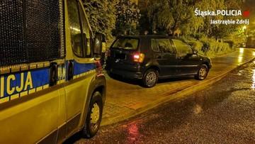 Podczas policyjnego pościgu wyskoczyli z jadącego samochodu