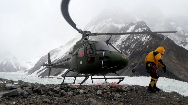 Majer: Nadal nie ma szans na lot do bazy pod K2, Botor wraca do Polski