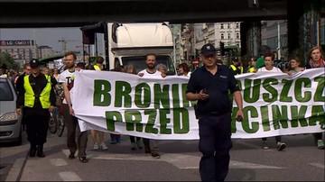 """""""Puszcza a nie deski."""" Marsz w obronie Puszczy Białowieskiej"""