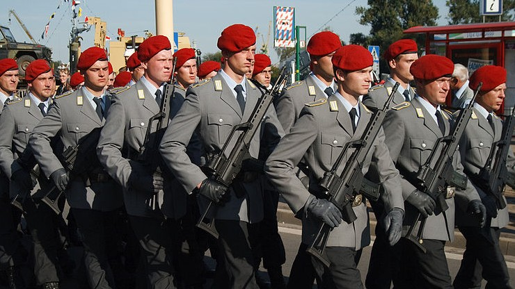 Niemcy zapowiadają liczebne wzmocnienie Bundeswehry