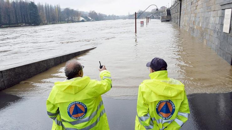 Włochy: wielkie straty po powodzi w Ligurii, krytyczna sytuacja w Piemoncie