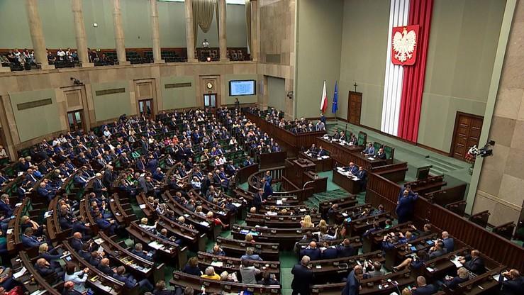 Posłowie wracają do pracy. Pierwsze po wakacjach posiedzenie Sejmu