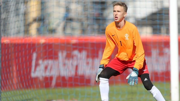 Nastoletni polski bramkarz w kadrze klubu z Premier League. Miał szansę zagrać przeciwko Liverpoolowi