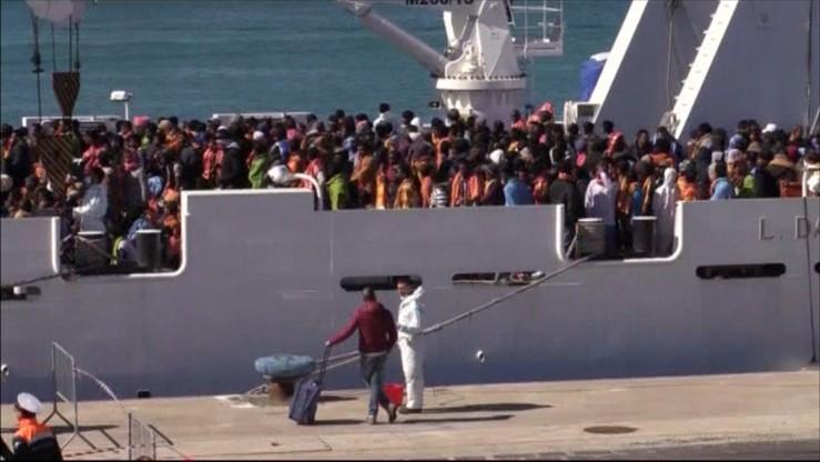 Nasila się napływ migrantów do Włoch. 1700 w ciągu doby