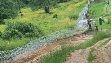 Spór o drut kolczasty. Wiceminister odpowiada na krytykę